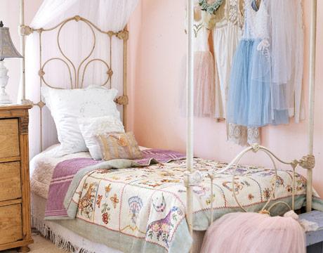 Romantiska sovrum } | A'la Emmeli-Style